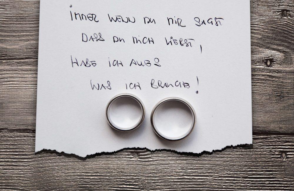 hochzeits_fotograf_fotos_claus_scheucher_schoene_fotos_ringe